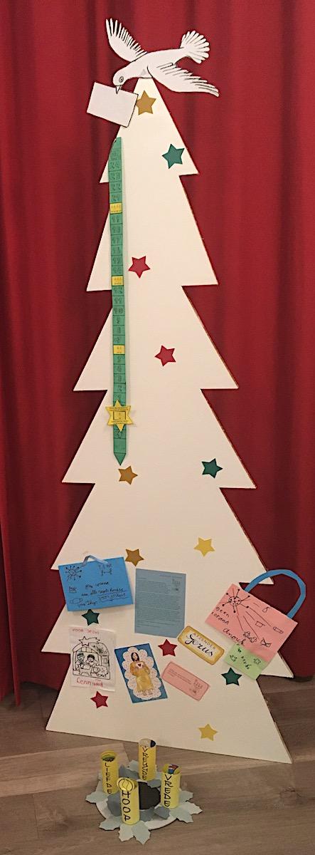 Kerstboom met het Briefje van Boven