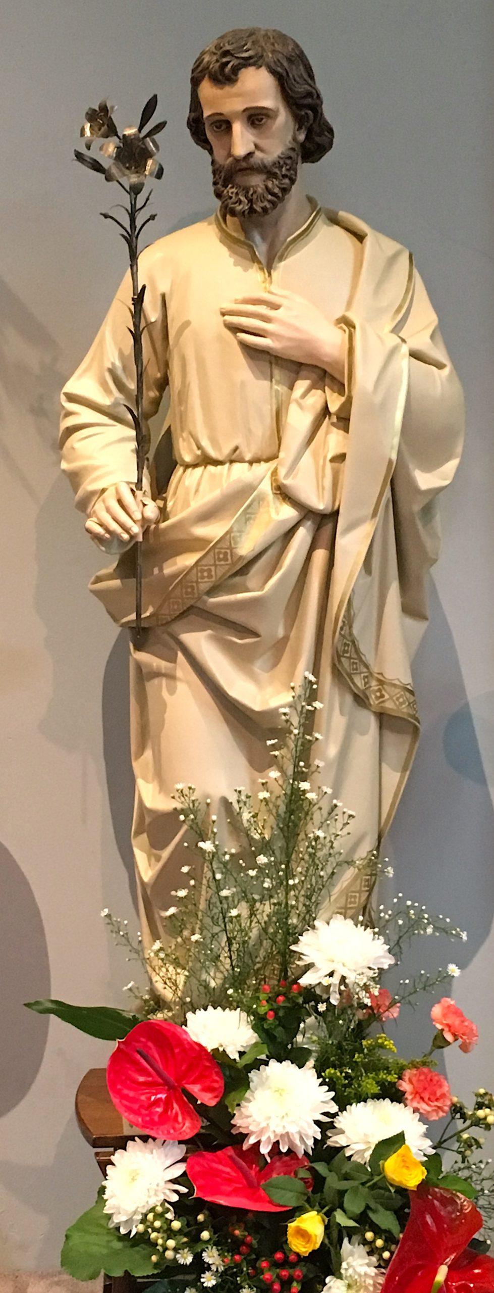 H Jozef op zijn feestdag in de bloemetjes